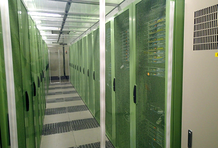 データセンター内上