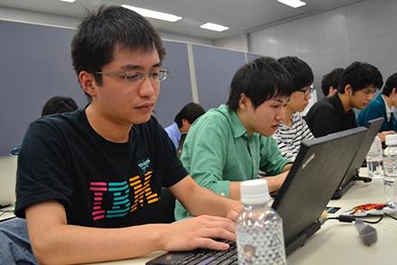 IBMのTシャツで初めてのCTFに挑んだ参加者
