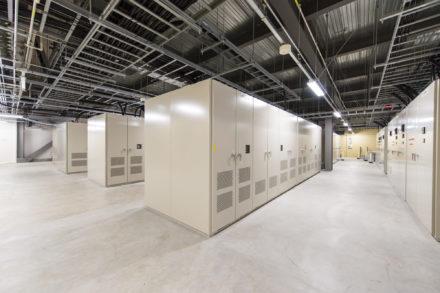 石狩DC 高圧電気室